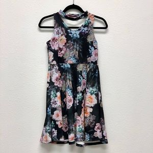 Pastourelle by Pippa & Julie Black Floral Dress 💕